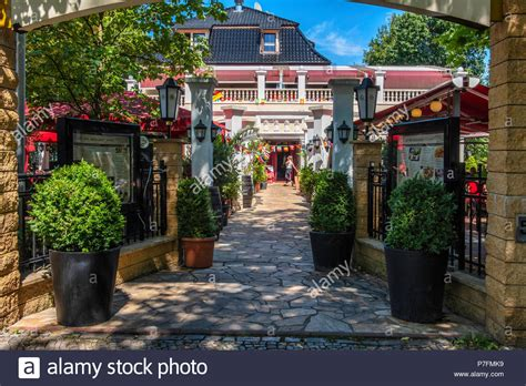 Dahlem High Resolution Stock Photography and Images - Alamy