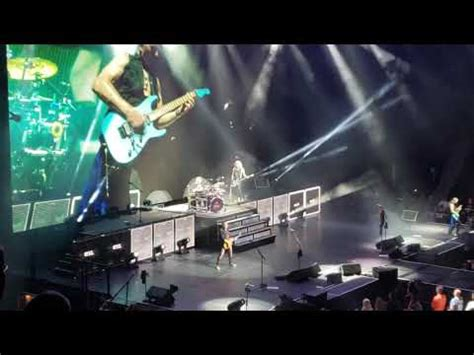Def Leppard Live In Montréal 17/07/2019 - YouTube