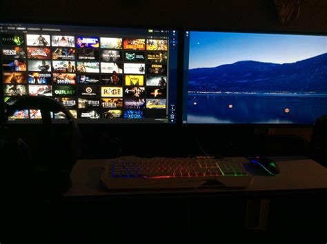 Dual 32-inch monitor ascension : pcmasterrace
